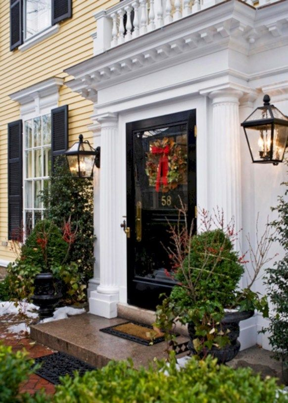 34 Classic and Vintage Outdoor Christmas Decoration Ideas