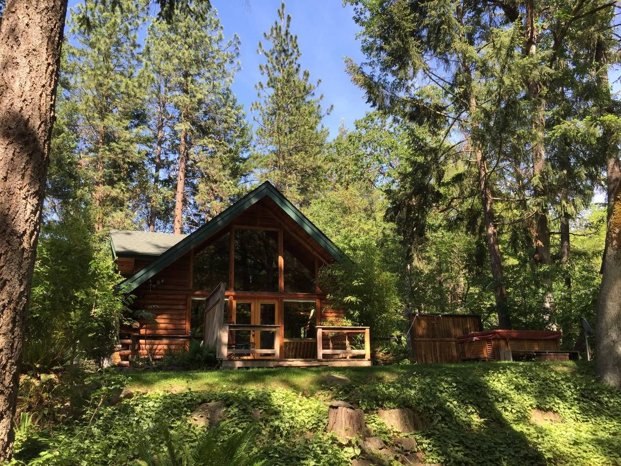 rentals black cabin home butte vacasa rent ranch spring cabins detroit in usa vacation for oregon
