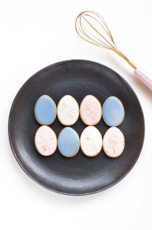 Pantone Easter Cookies