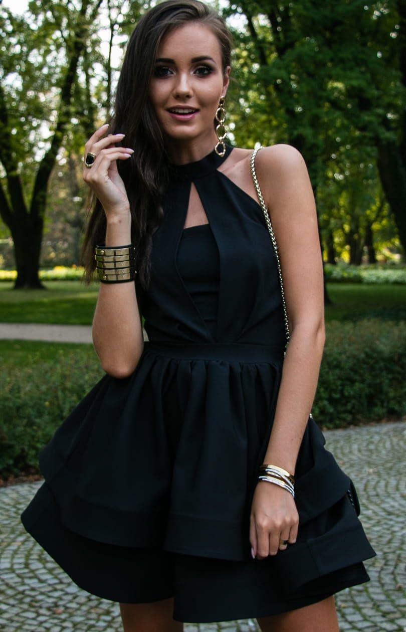 Sukienka Czarna Z Podwojna Falbana I Ozdobnym Dekoltem 0202 Fashion Dresses Peplum Top