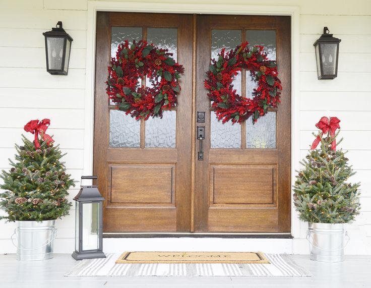 Christmas Front Door Ideas Part - 25: Christmas Front Porch