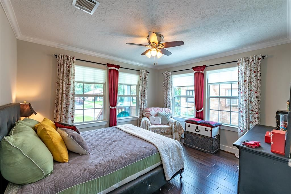 1554 munger houston tx photo home renting a house