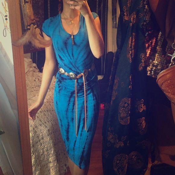Tie dye midi dress Gorgeous midi dress super stretchy Young Fabulous & Broke Dresses Midi