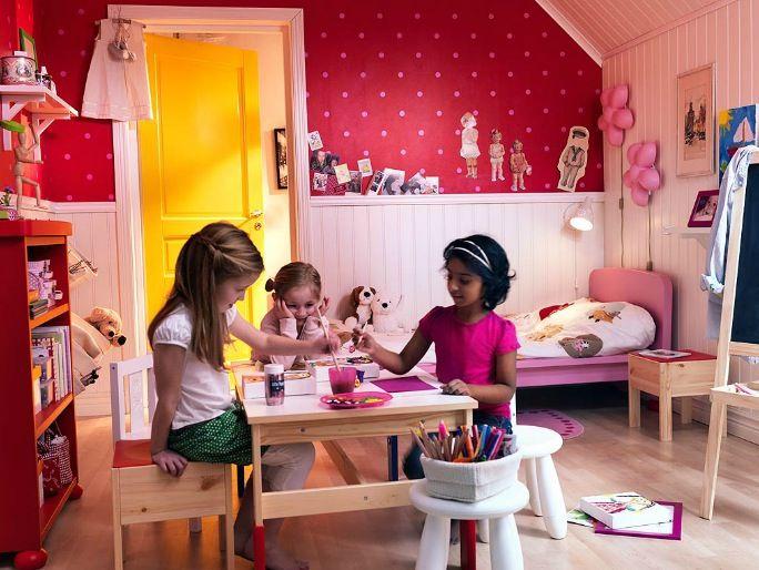 Table chambre fille IKEA - Une magnifique chambre d\'enfants à ...