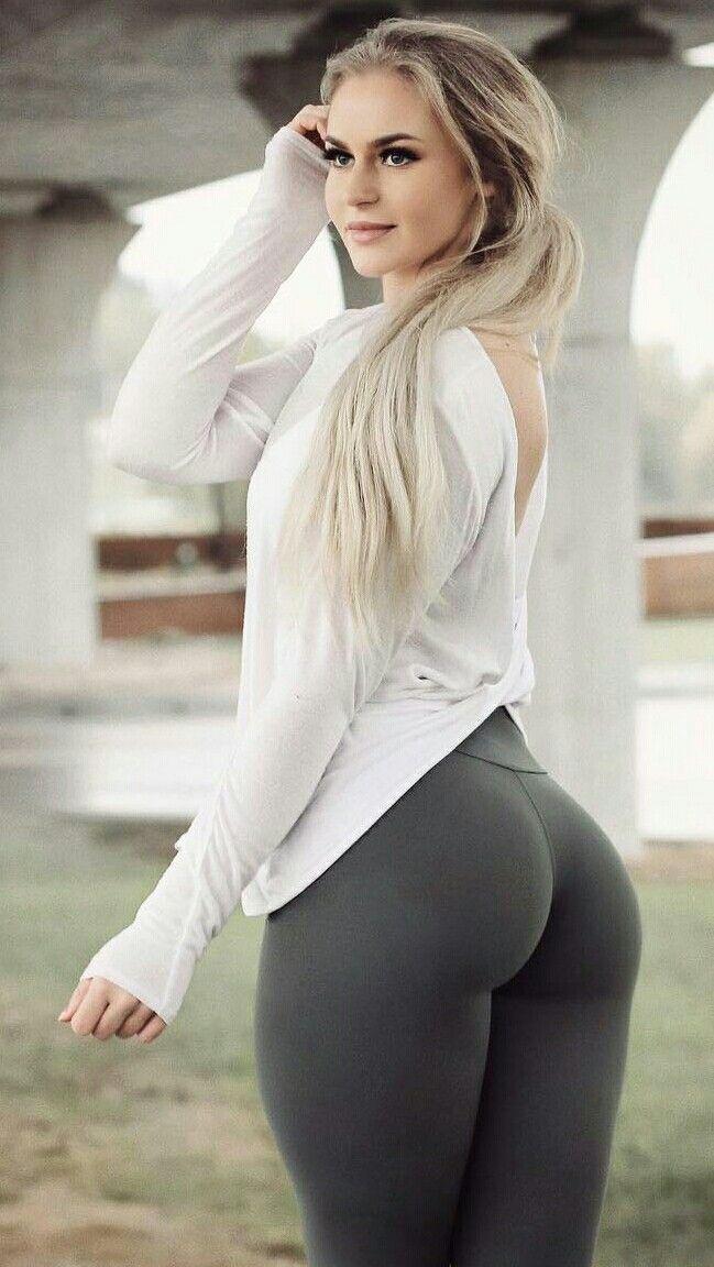 c639632153f Pin on hot girls in leggings..