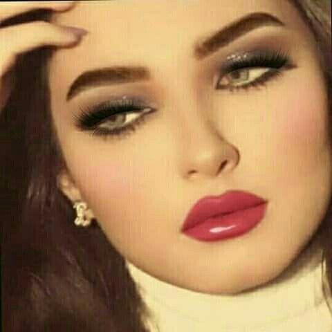 Pin By ملكة الاحساس On رمزيات بنات Beauty Clothes Nose Ring Beauty Women