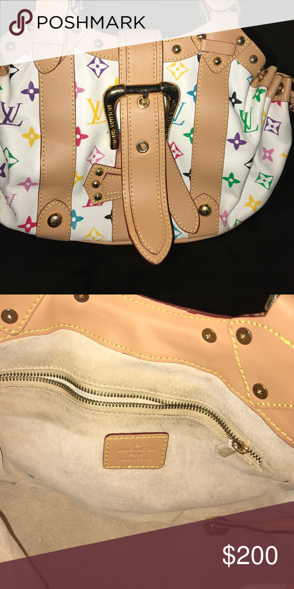 Louis Vuitton handbag Super cute purse used once Louis Vuitton Bags Mini Bags