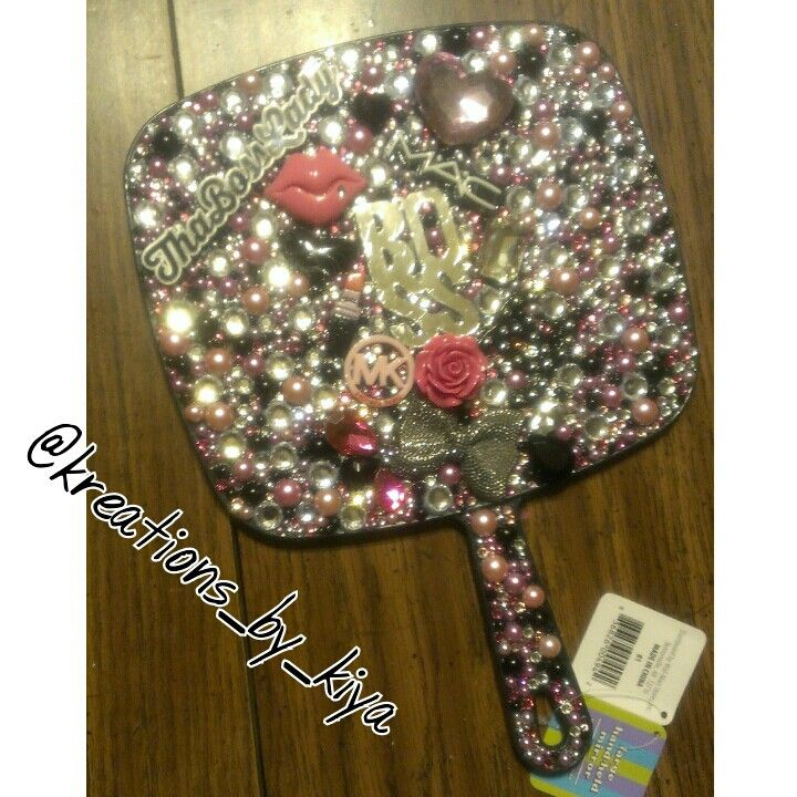 Bling Boss Lady Hand Held Mirror To Place An Order Instagram Kreations By Kiya Kik Kreations By Costume Jewelry Crafts Handmade Mirrors Rose Crafts