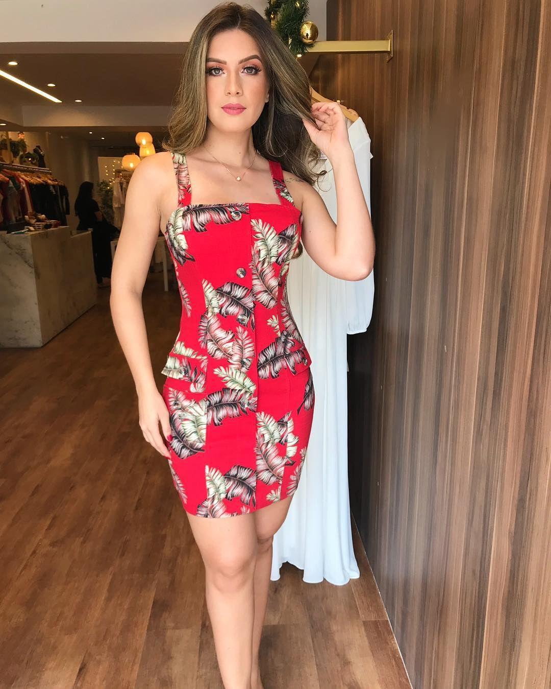 f4281d284f1f7 Empório Fashion 👗 Vestido Básico, Vestido Florido, Vestido Curto, Roupas  Confortáveis, Moda