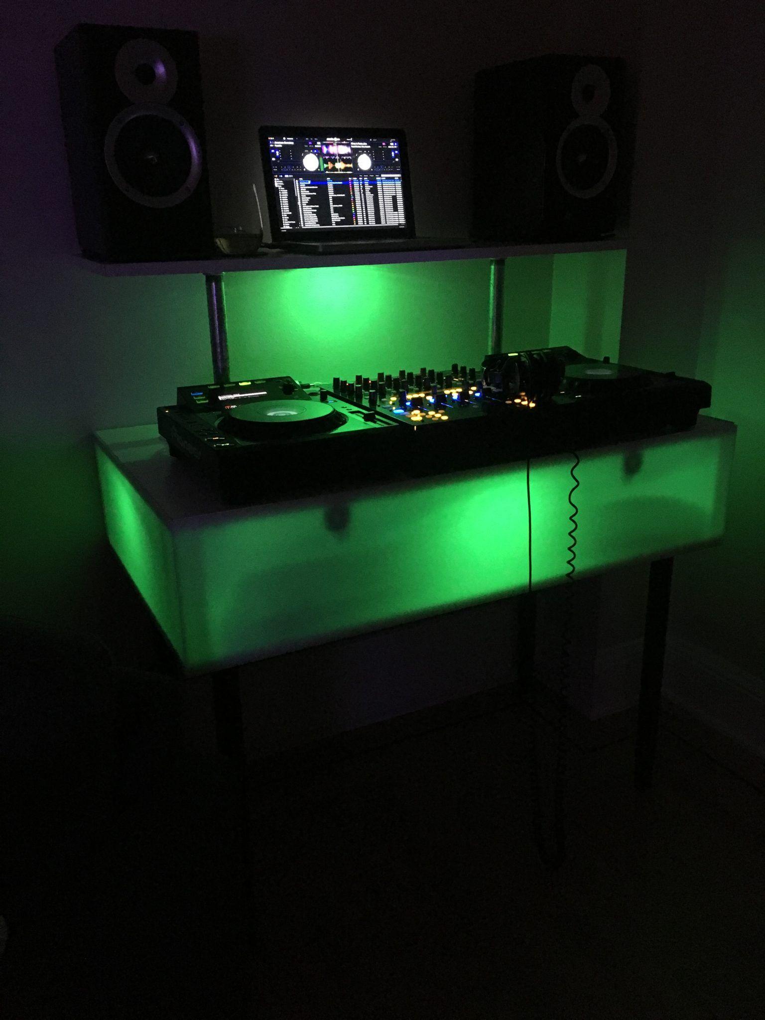 DIY How To Build A Light Up DJ Booth Dj booth, Building