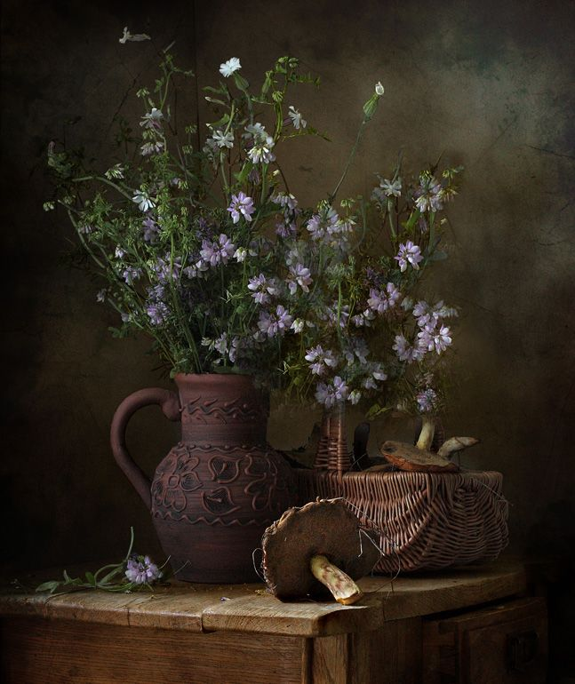 #still #life #photography • photo: ~ С цветами и грибами ~ | photographer: Елена Татульян | WWW.PHOTODOM.COM