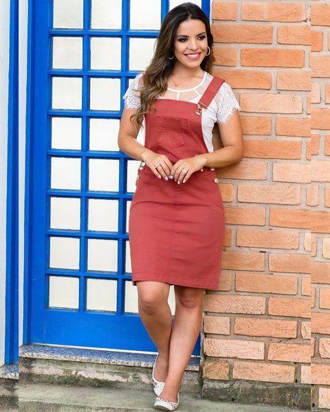 56ec82bd3853 Jardineira Sarja Color Saias De Sarja, Vestido De Sarja, Vestido Tubinho,  Modelo De
