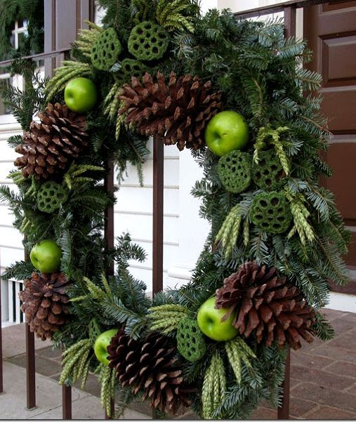 colonial williamsburg Christmas wreath with sugar pine cones wheat and  lotus pods - Colonial Williamsburg Christmas Wreath With Sugar Pine Cones Wheat