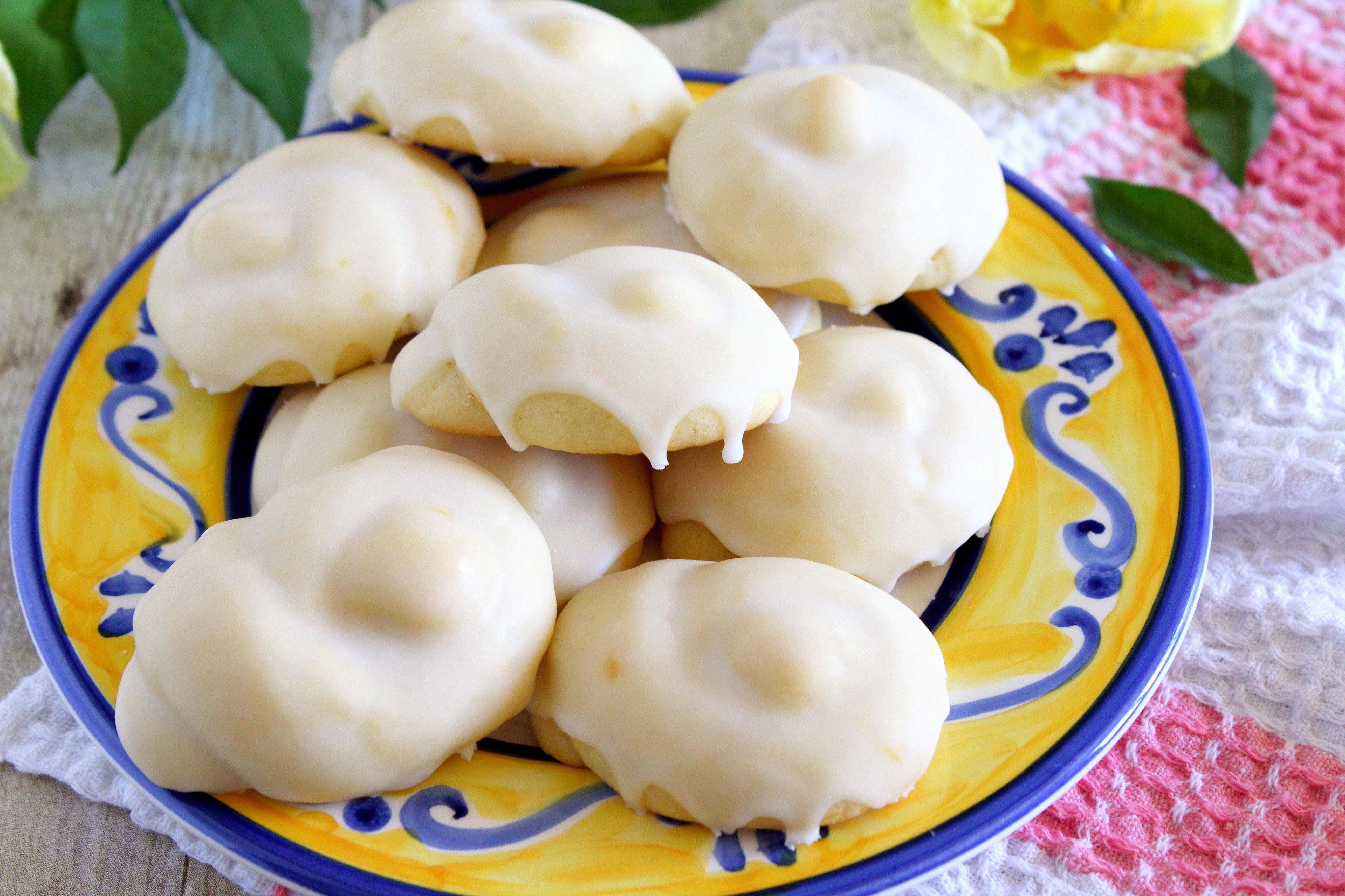 Taralluci al Limone | Cookies | Pinterest | Italian cookies, Lemon ...