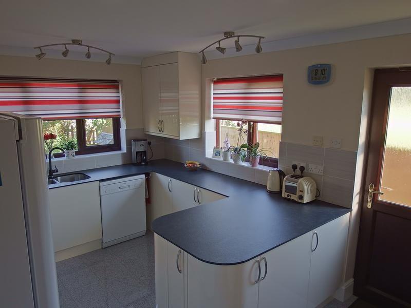 Rounded Corners To Peninsular Unit Square Edge Worktop Kitchen Worktop Laminate Worktop