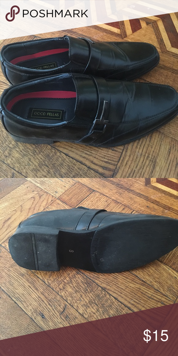 0e8e583fd70 Young men s dress shoes. Size 8. Black dress shoes in good condition. Brand
