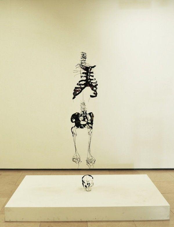 David Oliveira // wire sculpture