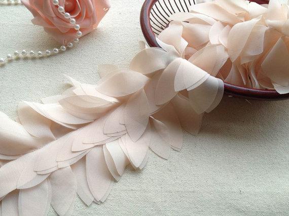 Items similar to 2 Yards Chiffon Lace Trim, Ivory Leaf Design Trim, 3D Chiffon Lace, Costume Design on Etsy