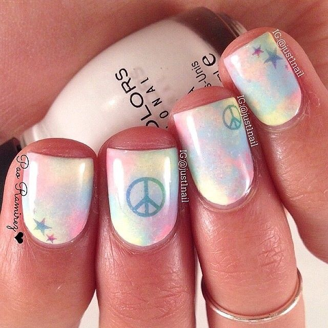 Peace Mani! @just1nail took the peace signs and the stars from our Unicorn set and created this adorable look! The perfect easy nail art idea.