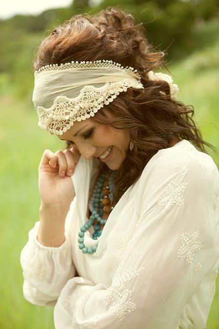 ... hippie chic bohème vibe gypsy fashion indie folk the . I ve done my  take on this one many times. So easy. So pretty. f843aa10ba22