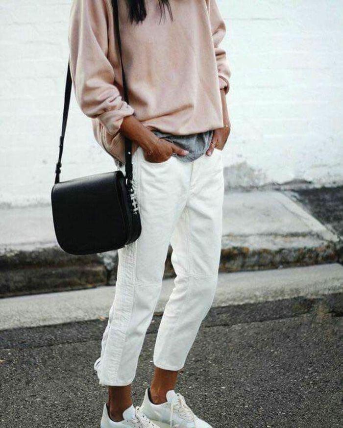 f4abe8aa7582a pantalon-style-pantalon-blanc-en-lin-pour-femme-jean-blanc-slim-rose-pull