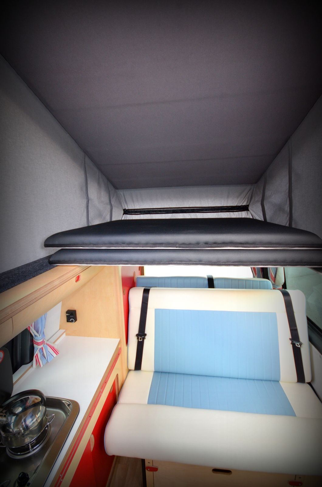 T5 front elevating roof 2 panel bed Classic campers, Rv
