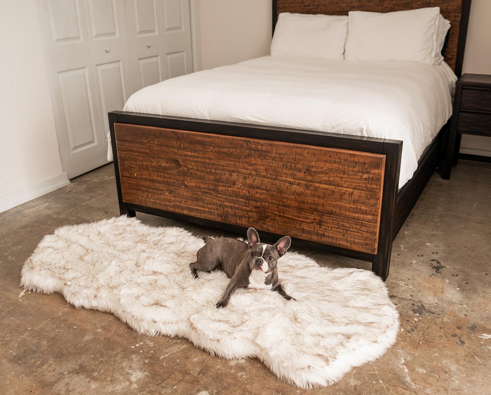 Puprug Runner Faux Fur Memory Foam Dog Bed Curve White Dog