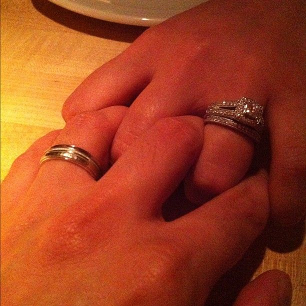 Celebrating my 7 year anniversary with my husband. Loving each other more every year <3 thanks for the ring upgrade babe <3 luv u @axilas #weddingrings #love http://www.do-tip.com/diamonds/