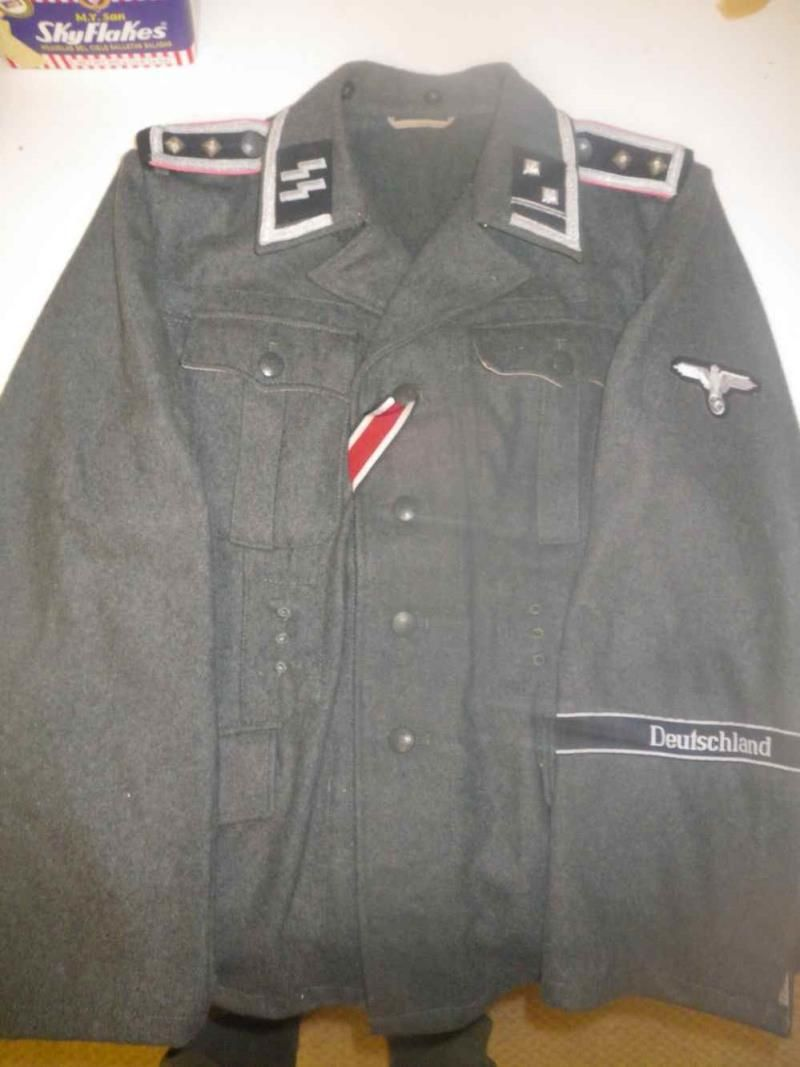 German Militaria Collectables | Uniforms and Badges