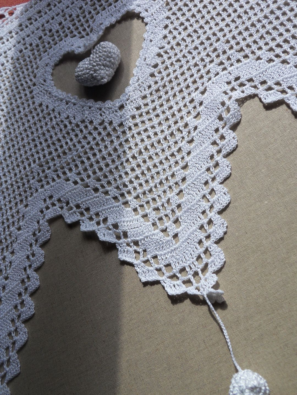 Rideau dentelle gros coeur au crochet fait main | rideaux crochet ...