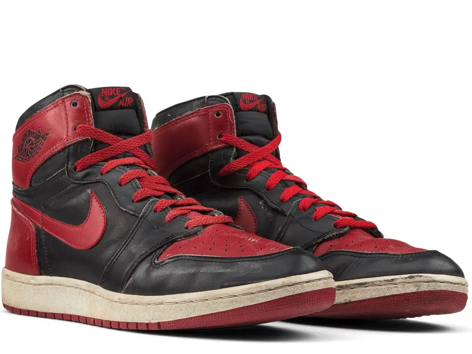 escolta Perpetuo invención  Photos show the rise and fall of Nike's iconic Air Jordan sneakers — and  how the shoes are making a comeback 16 years after Michael Jordan's  retirement in 2020 | Air jordans, Nike, Jordans