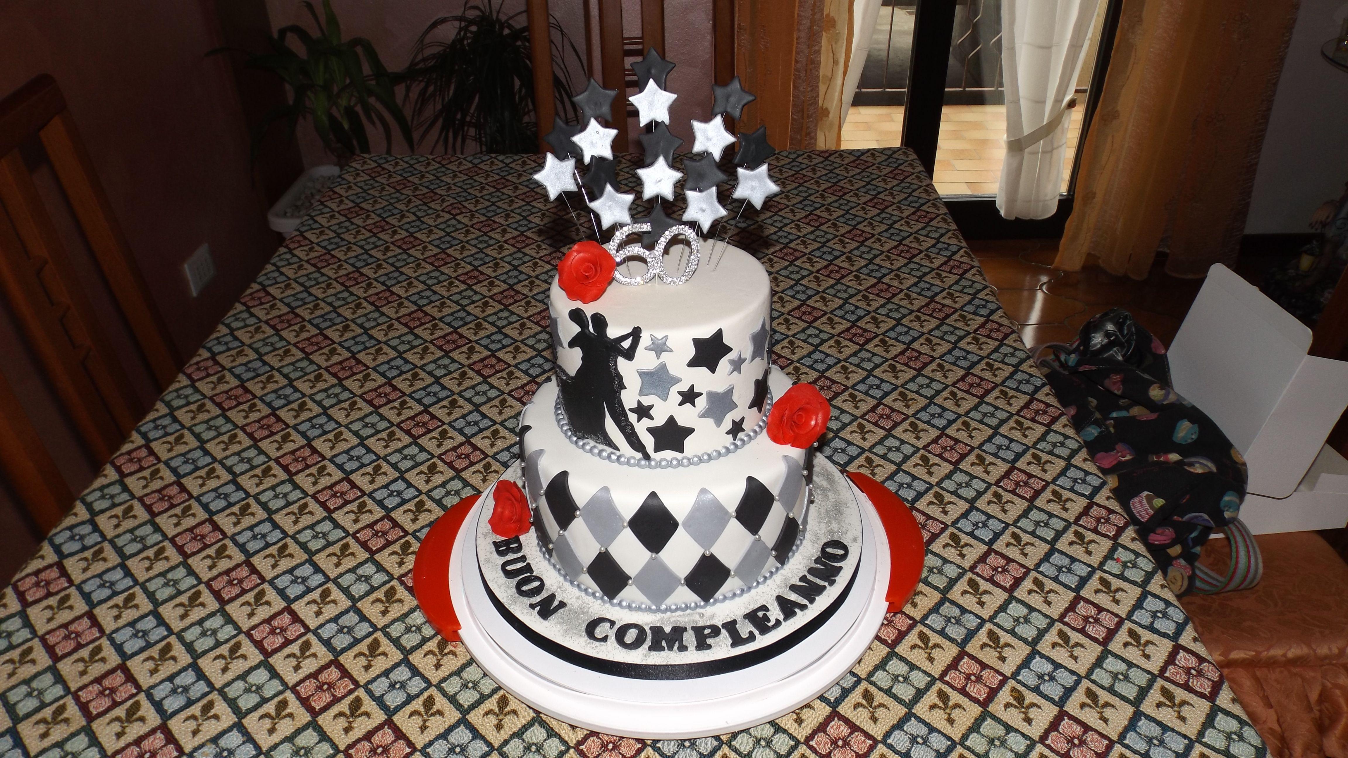 Torta compleanno 60 anni la tortivendola cake design for Decorazioni per torta 60 anni