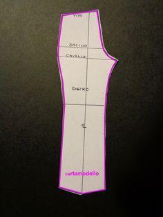 Photo of Disegno del cartamodello, del pantalone base, senza pince, un pantalone aderente…