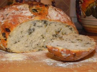 Spinat-Feta-Brot