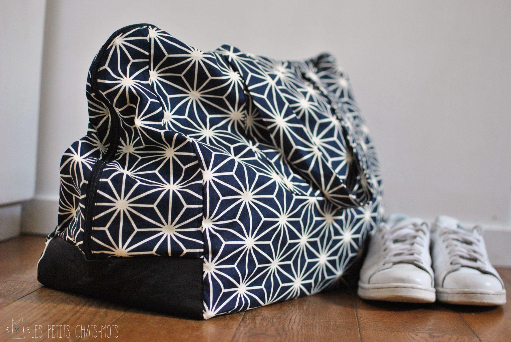 sac de sport ou de week end couture sacs couture sac coudre sac et couture. Black Bedroom Furniture Sets. Home Design Ideas