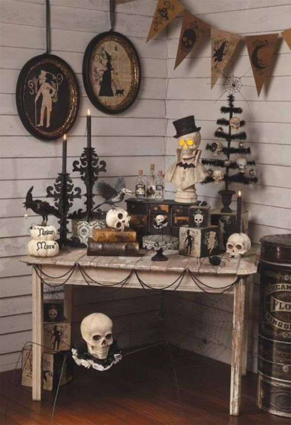 20 Stylish Black Halloween Scary Party Ideas | Interior God #eleganthalloweendecor