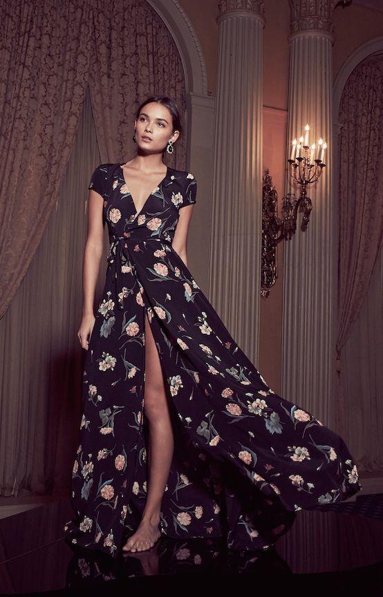 dc8702cac3 La recomendación que les puedo hacer a la mujeres de medida plus size es  que si van a comprar un vestido largo para ...