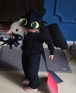 DIY baby costume ideas: Toothless Dragon Homemade Costume