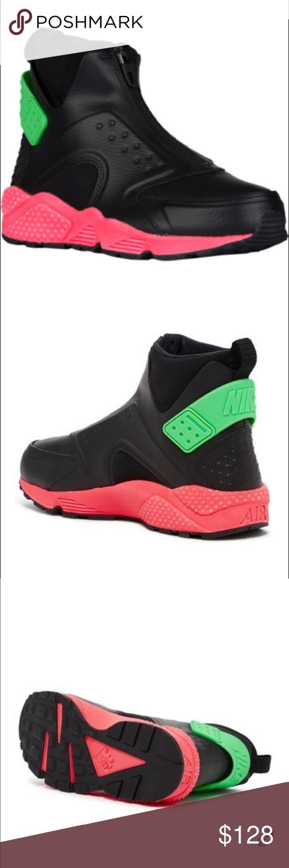 NIKE: Air Huarache Run Mid Sneaker