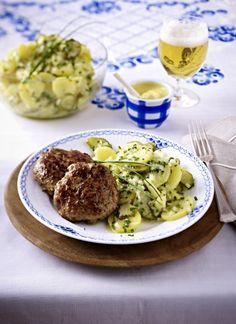 Unser beliebtes Rezept für Camembertfrikadellen mit Pellkartoffelsalat und mehr als 55.000 weitere kostenlose Rezepte auf LECKER.de.