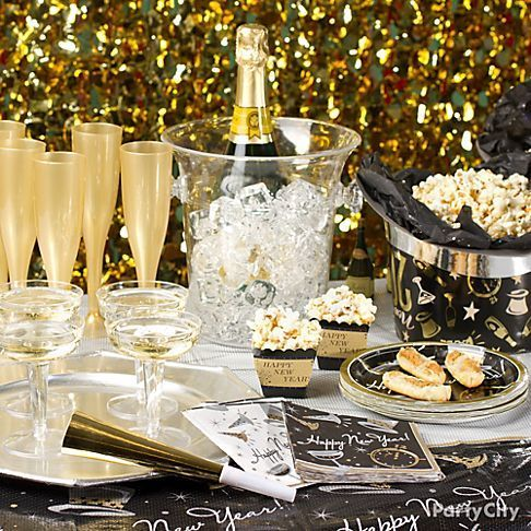 New Year's Eve Party Table