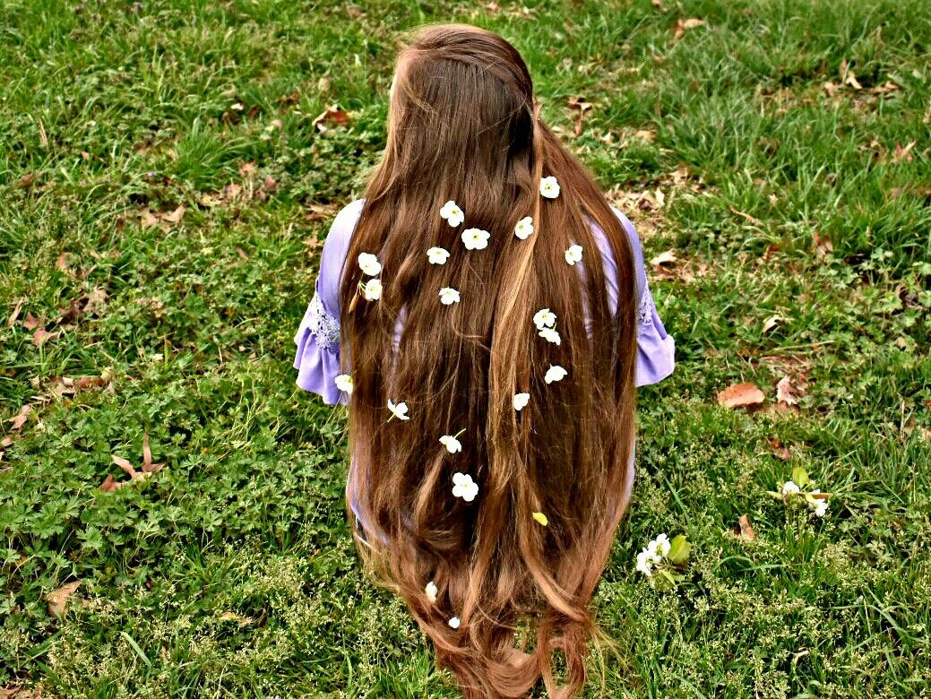 """""""Someone told me there was a girl out there with love in her eyes and flowers in her hair."""""""
