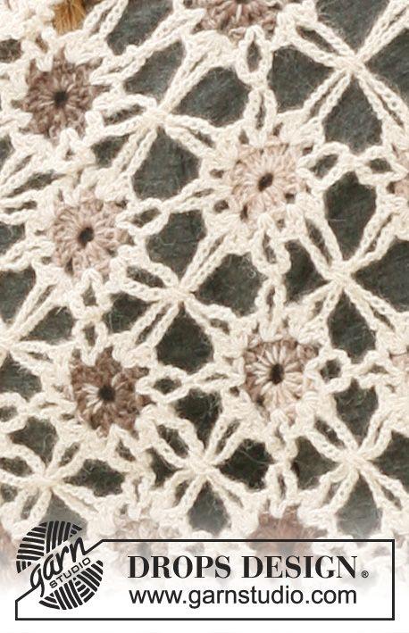 """Crochet DROPS Shawl in """"Alpaca"""" and """"Fabel"""". ~ DROPS Design ..."""
