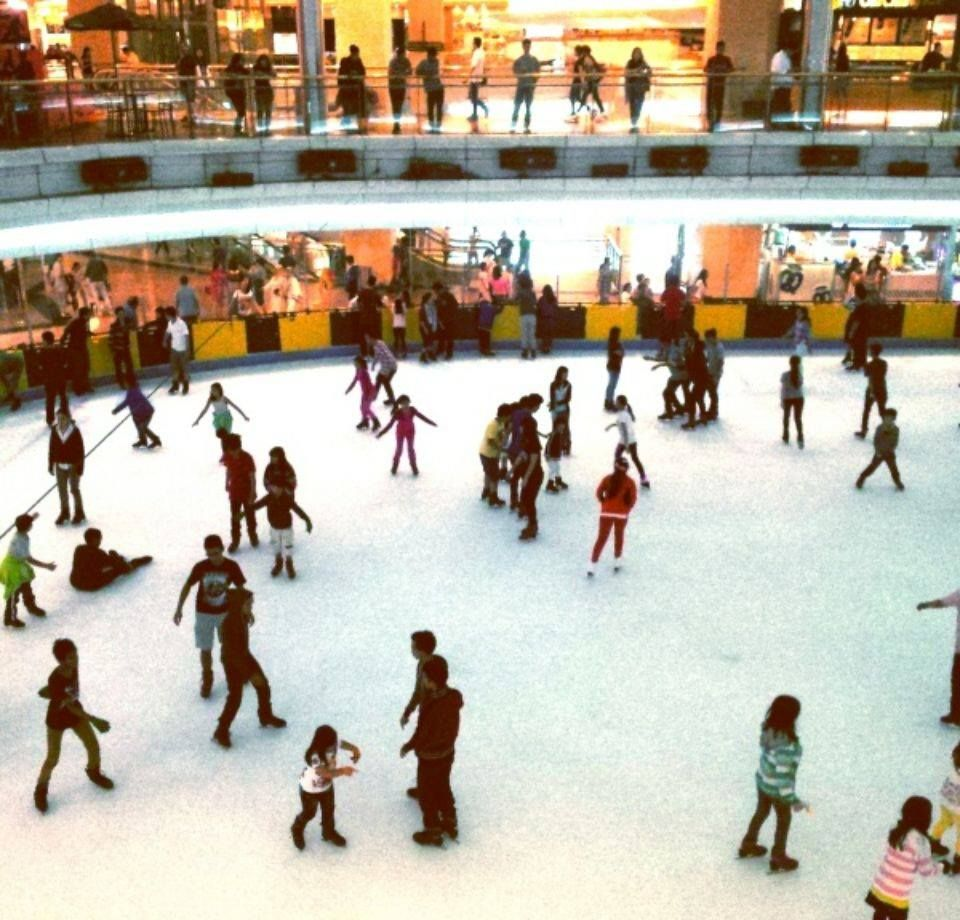 Roller skating rink huntsville al - Mal Taman Anggrek In Jakarta Jakarta One Of The Most Crowded Mall It Is Also The Only Nearest Place That Had A Skating Rink And It