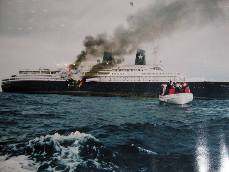 Achille Lauro 1964 1994 In Fiamme Passenger Ship Cruise Ship Boat