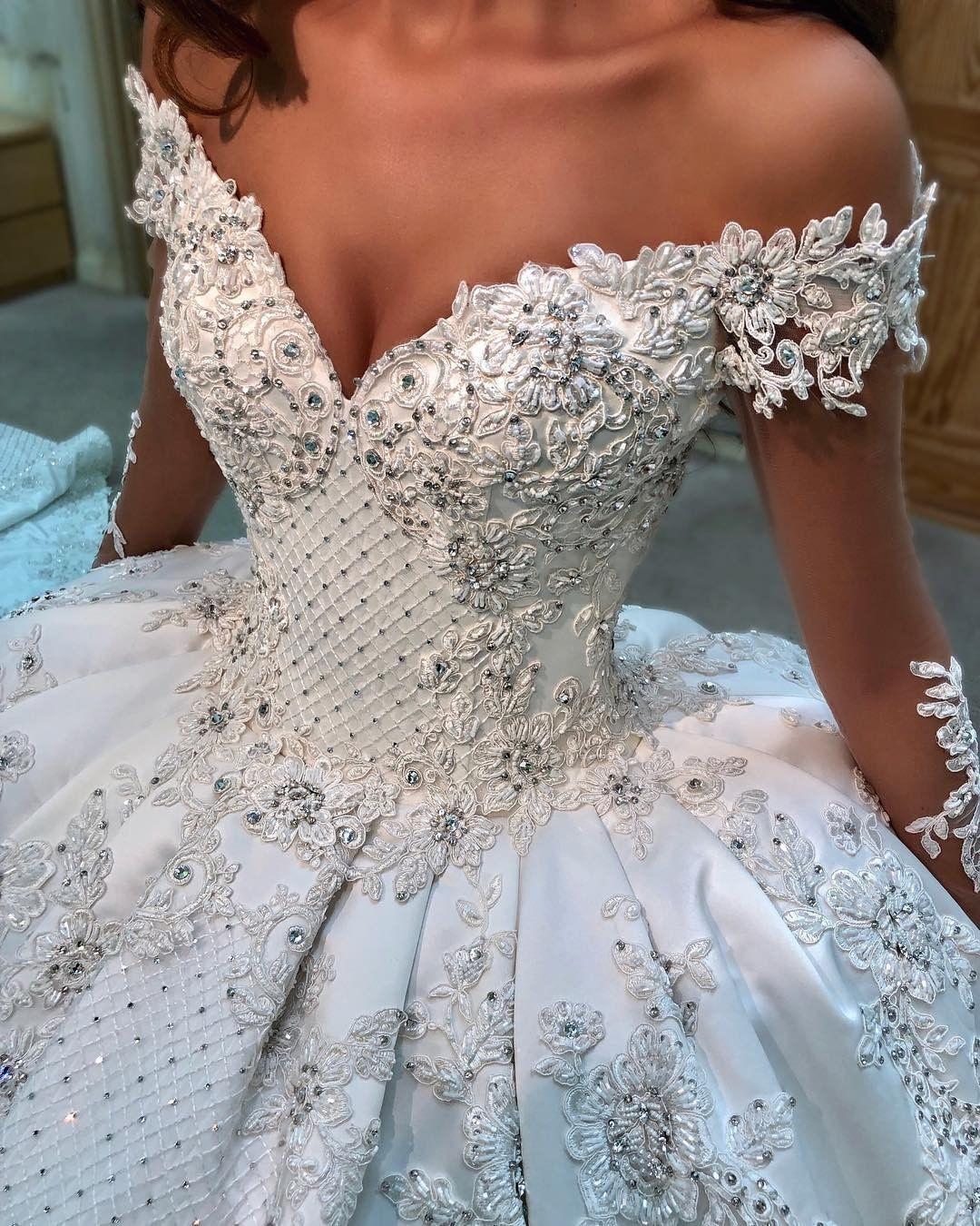 Weddingtips These Details Follow For More Inspiration Couturedress Weddinggown Bridalfashion B Princess Wedding Dresses Ball Gowns Wedding Wedding Dresses [ 1350 x 1080 Pixel ]