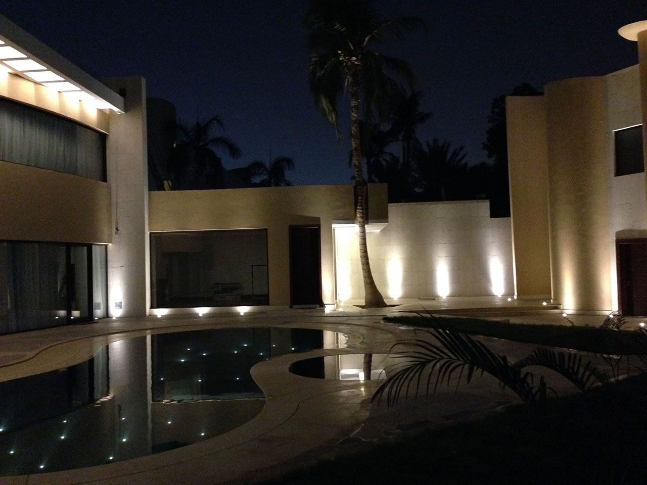 Private villa jeddah saudi arabia project by arch mohammad mahmoud azizi featured products by ll lucelight bright 1 0 316l
