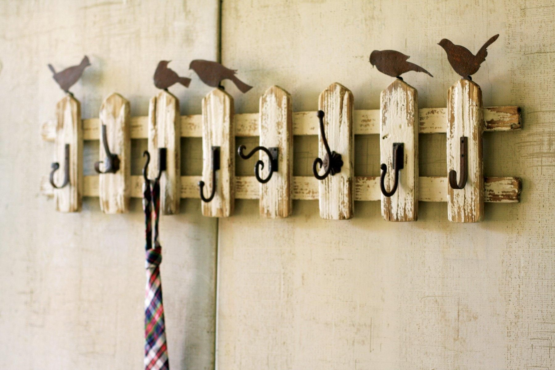 Picket Fence Coat Rack With Birds And Eight Different Hooks
