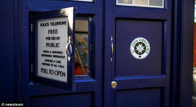 doctor whos tardis used as garden shed by mother in nottingham mail online