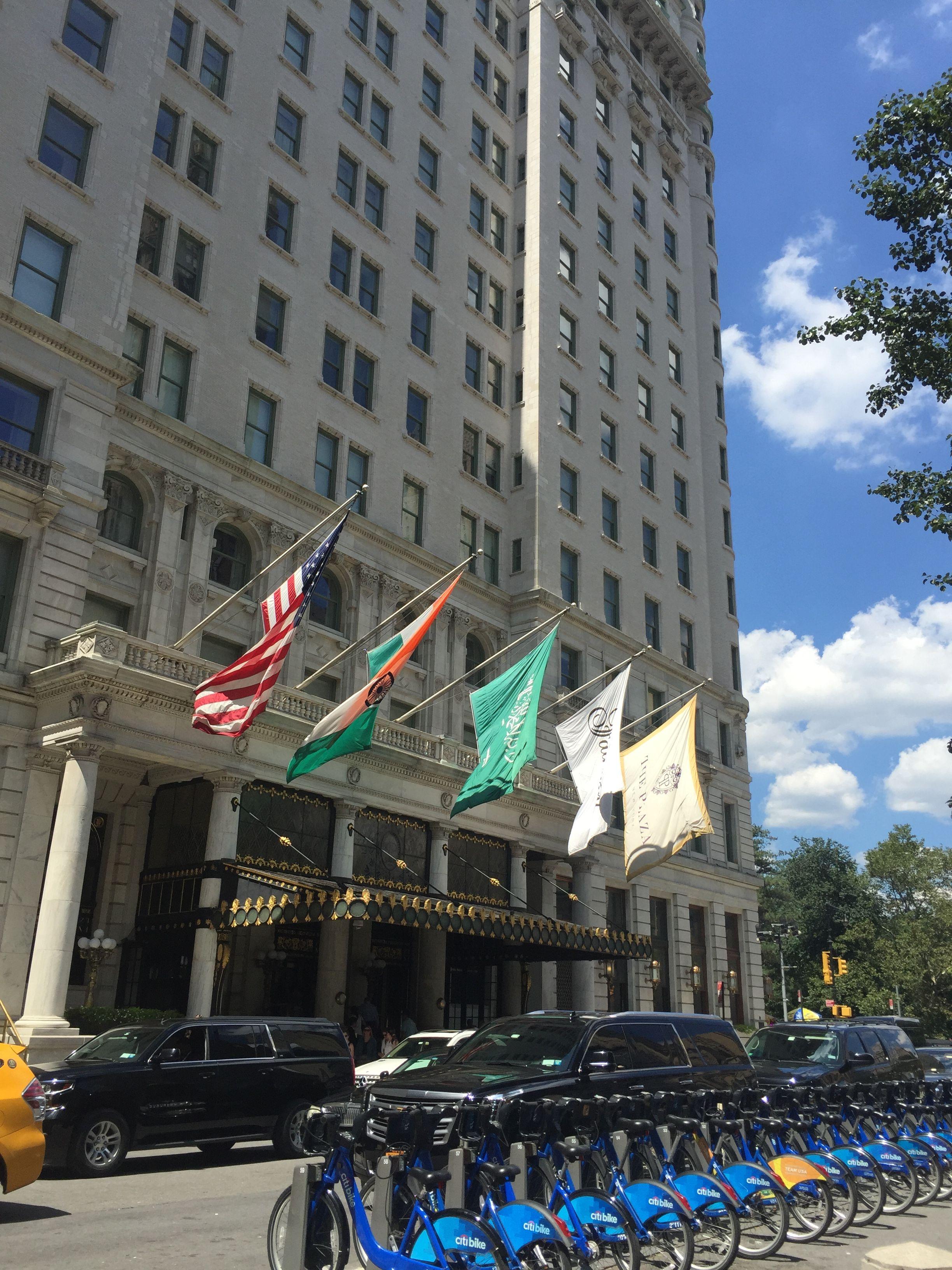 Plaza Hotel - ek